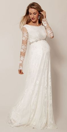 Deslumbrantes vestidos de novia para mujeres embarazadas <3