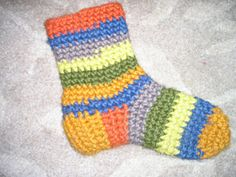 crochet slipper socks. Free pattern - my grandma had tons of these to wear around the house growing up :)