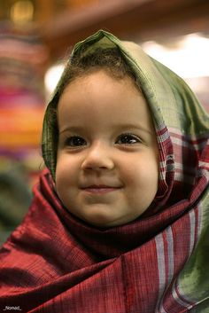 """⋱ ⋮ ⋰ ⋯ ◯ ⋯✿¸.•*¨`*•..¸✿  """"Amanhecer vai muito além do que o ontem.  É o hoje com outras e novas alegrias.  Feliz dia de hoje! Abra, com intensidade, este presente:  a VIDA! """"  Cidinha Araújo   ...╰დ╮✿╭დ╯...   Egypt"""