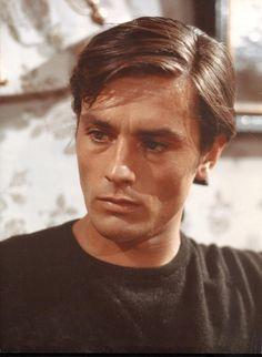 Alain Delon photo 288192