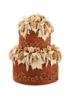 Loaf Wedding Bread (BridesMagazine.co.uk) (BridesMagazine.co.uk)