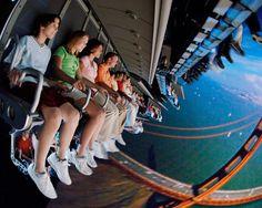 Conforme anunciado anteriormente a atração Soarin' do parque Epcot será atualizada com um novo...
