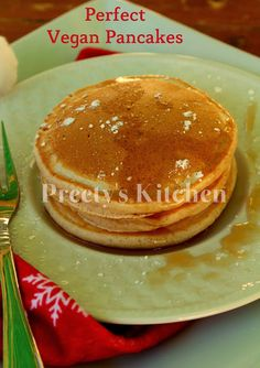 There is no greater comfort then tucking into a stack of pancakes dripping with syrup and piled high with strawberries and bananas. Vegan Recipes Plant Based, Raw Vegan Recipes, Vegan Foods, Vegetarian Recipes, Eggless Recipes, Eggless Baking, Breakfast Bites, Breakfast Pancakes, Vegan Breakfast