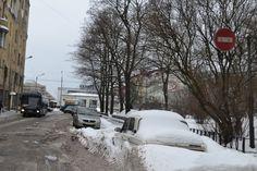 Администрация Выборгского района публикует график сбора и вывоза снега с городских улиц на 20-23 января и просит автовладельцев не парковать свои транспортные средства по нижеуказанным адресам во в...
