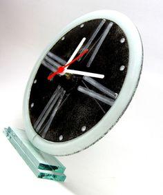 relógio de vidro - mesa preto/branco ponteiros brancos 28 cm diam R$90,00