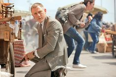 Filmszene, Daniel Craig Beherrscht: Selbst mitten im Chaos behält 007 stets den Überblick.