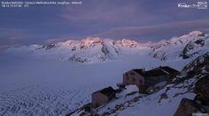 Bild der Foto-Webcam der Konkordiahütte - Unesco Weltnaturerbe Jungfrau - Aletsch http://www.foto-webcam.eu/webcam/konkordiahuette/?utm_content=buffer5f3c4&utm_medium=social&utm_source=pinterest.com&utm_campaign=buffer#/2015/12/18/0730