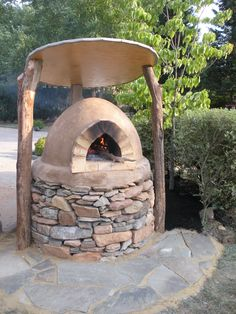 {Giveaway} Edible Landscaping With A Permaculture Twist Pizza Oven Outdoor, Outdoor Cooking, Outdoor Kitchens, Masonry Oven, Cob Building, Bread Oven, Clay Oven, Wood Fired Oven, Natural Building