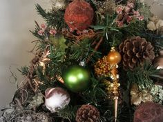 Old Sweetwater Cottage: Natural Christmas