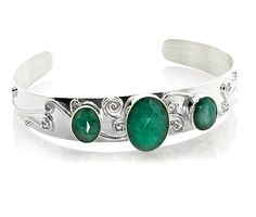 Vogue Crafts and Designs Pvt. is a wholesale manufacturer of Emerald Stone Silver Cuff. We are the exporter of silver jewelry at wholesale prices. Imitation Jewelry, Emerald Stone, Colorful Bracelets, Sterling Silver Cuff, Wholesale Jewelry, Designer Earrings, Stone Pendants, Gemstone Necklace, Handcrafted Jewelry