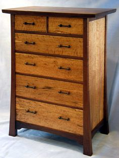 Dressers on Pinterest | Gustav Stickley, Chest Of Drawers and Arts ...