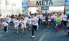 Jairo Delgado Ramírez y Yadira Angélica Covarrubias Castillo ganadores de Corriendo por la Vista 2014 ~ Ags Sports