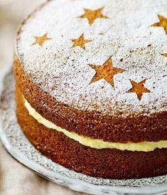 Whole orange spice cake, by Mary Berry Sponge Cake Easy, Vanilla Sponge Cake, Sponge Cake Recipes, British Cake, Christmas Baking, Christmas Cakes, Christmas Sweets, Christmas Goodies, Christmas Recipes