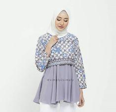 @simply2simply Blouse Batik, Batik Dress, Blouse Dress, Batik Fashion, Hijab Fashion, Blouse Styles, Blouse Designs, Model Kebaya, Batik Kebaya