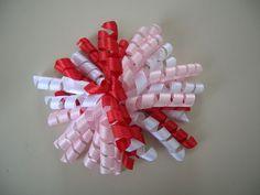 Como hacer manualidades y reciclar un poco: Lazos de cintas rizadas para el cabello
