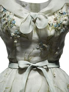 Dior 'Tulipe' Dress- HC - SS 1953 - by Christian Dior - Pale blue organdie, embroidered with blue forgot-me-nots and roses