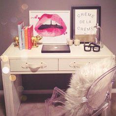 Desk of blogger @krystin_lee from suburbanfauxpas.com