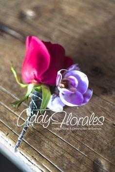 Boutonier  #Boutonier #glam #purple #mirrors #orchids #wedding #HotelCasaSantoDomingo #AddyFlorales #WeddingInGuatemala #AddyFloralesGT #Decoration Guatemalar #DestinationWedding #DeepPurple