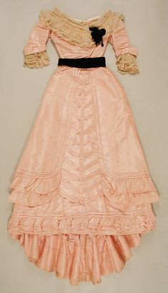 Dress Designer: Jeanne Hallée (French, Date: ca. 1892 Culture: French Medium: silk Dimensions: Length at CB (a): 18 in. cm) Length at CB (b): 52 in. cm) Length (c): 23 in. cm) Credit Line: Gift of Mrs. Ogden W. 1890s Fashion, Edwardian Fashion, Vintage Fashion, Antique Clothing, Historical Clothing, Historical Dress, Historical Costume, Vintage Gowns, Vintage Outfits