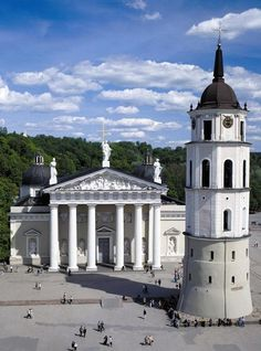 Vilniaus Arkikatedra Bazilika, Lietuva