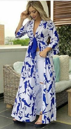 Mob Dresses, Tea Length Dresses, Casual Dresses, Classy Outfits, Chic Outfits, Beautiful Outfits, Kimono Fashion, Women's Fashion Dresses, Shweshwe Dresses