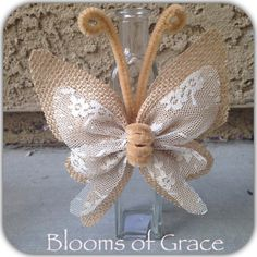 Cheap Diy Jute Decoration And Ornaments - Diy Crafts Burlap Lace, Burlap Flowers, Diy Flowers, Fabric Flowers, Paper Flowers, Hessian, Butterfly Crafts, Flower Crafts, Burlap Projects