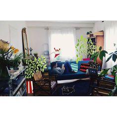 Salon de mes parents et tablette graphique ❤ #illustrator #illustration #home #holiday #homesweethome #
