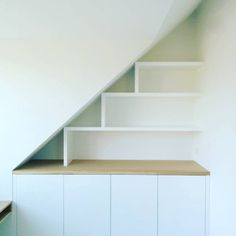 Rustic Master Bedroom Design, Attic Loft, Modern Rustic, Home Interior Design, Guest Room, Small Spaces, Kids Room, New Homes, Shelves