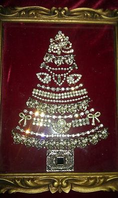 VTG Antique Rhinestone Brooch Earrings Necklace Framed Christmas Tree Lot Silver