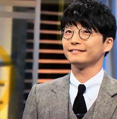 星野さんは微笑むと口角がクルリンとしますよね。薇みたいな。天然アヒル口(?)的な。ところで初めて薇の漢字を知りました。