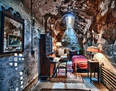 Al Capone's Cell, photograph by @tfinzel at Flickr.com