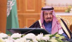 خادم الحرمين الشريفين يستقبل وزيرين يابانيين: استقبل خادم الحرمين الشريفين الملك سلمان بن عبدالعزيز عاهل المملكة العربية السعودية، هنا…