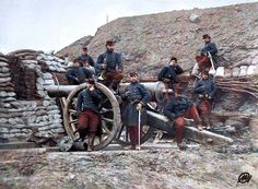 French Soldiers man a siege gun during the Franco-Prussian War October 1870 French History, European History, World History, Mystery Of History, Second Empire, French Army, World War One, France, History Photos