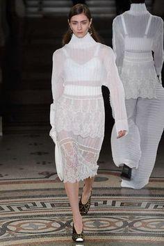 Stella McCartney Autumn/Winter 2017 Ready to wear Collection   British Vogue