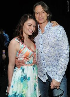 Emilie De Ravin and Robert Carlyle #OUAT