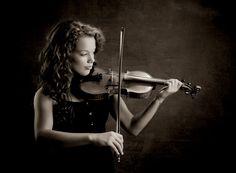 Senior Pictures, studio portrait, musician, violin, North Allegheny Senior, black & white, senior portraits Pittsburgh