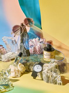Colourful Spring Essentials Editorial for Usta Magazine -in fresh abstract set design with crystal, plastic and stones. Still Photography, Photography Portfolio, Beauty Photography, Product Photography, Photography Ideas, Photo 3d, Still Life Photographers, Prop Styling, Editorial