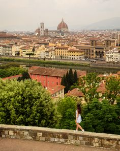 The Ultimate Florence Bucket List: 60 Fantastic Things to Do in Florence. #florence #firenze #tuscany #italy #europe #travel #italytrip #piazzalemichelangelo #duomo