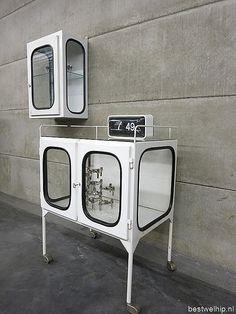 vintage medical cabinet   ... kast apothekers kast industrieel, medical industrial vintage cabinet