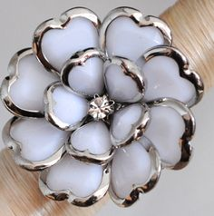 Summer White Floral Cocktail Ring/Statement by victoriascharms