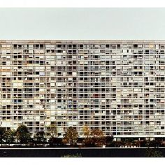 Andreas Gursky. Rue Cdt Mouchotte. 75014. Architecte Jean Dubuisson