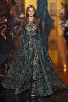 zuhair murad from best looks from paris haute couture fashion week fall 2015 Style Haute Couture, Couture Fashion, Runway Fashion, Vestidos Elie Saab, Mode Inspiration, Beautiful Gowns, Gorgeous Dress, Dream Dress, Pretty Dresses