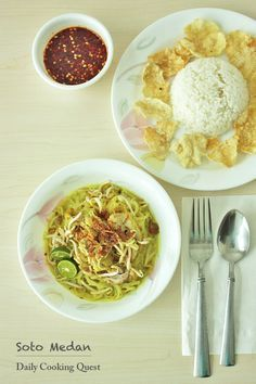 Soto Medan – Medan Style Chicken Soup Recipe at http://dailycookingquest.com/by-cuisine/indonesian/soto-medan-medan-style-chicken-soup