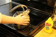 Geen spaghetti in huis en toch verbrande handen? Smeer er wat mosterd op