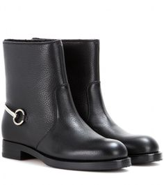 Gucci Susan leather boots