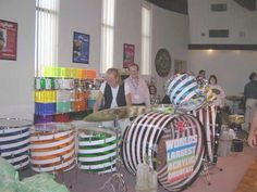 World's Largest Acrylic Drum Set Diy Drums, Drum Lessons, How To Play Drums, Drum Kits, Drummers, Tubs, Musical Instruments, Sticks, Guitars