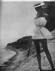 Patsy Pulitzer, January Harper's Bazaar 1952 | Flickr - Photo Sharing!