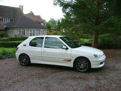 Pictures of decently Modified cars - PistonHeads  Peugeot 306 rallye #windscreen, #deflector, http://www.windblox.com
