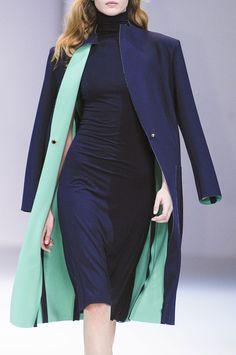 Guy Laroche at Paris Fashion Week Spring 2013 - Details Runway Photos Fashion Details, Love Fashion, High Fashion, Womens Fashion, Paris Fashion, Fashion Week, Fashion Outfits, Fashion Trends, Non Plus Ultra