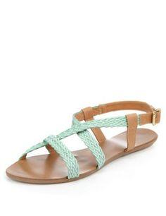 Leren sandalen met kruislingse bandjes